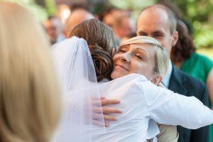 35-życzenia-ślubne-uścisk